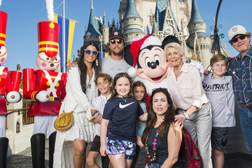 Camila Alves Levi Mcconaughey Celebrities Visit Walt Disney World