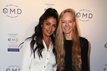 Camila Alves James Cameron Hosts Book Launch Party For Suzy Amis's New Book 'OMD'