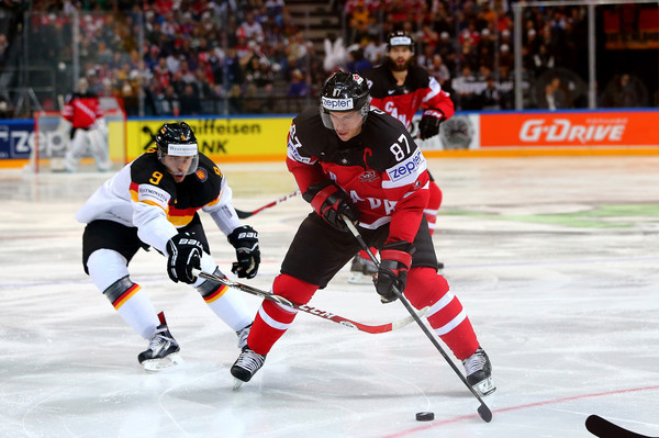 Calhan (CO) United States  city photo : ... Sidney Crosby Of Canada And Ryan Callahan Of The United States Fight
