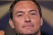 Jude Law Photos Photo