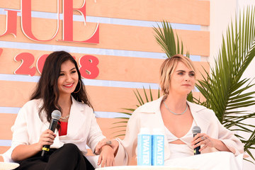 Cara Delevingne The Teen Vogue Summit Los Angeles 2018 - On Stage Conversations And Atmosphere