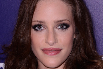 Carly Chaikin 'Entertainment Weekly' and 'People' Celebrate The New York Upfronts - Arrivals