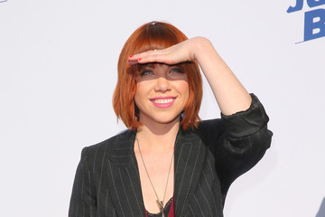 Carly Rae Jepsen The Comedy Central Roast Of Justin Bieber - Arrivals