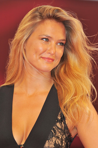 "Model Bar Refaeli attends the ""Carnage"" premiere at the Palazzo Del Cinema during the 68th Venice Film Festival on September 1, 2011 in Venice, Italy."