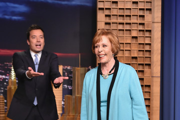 Carol Burnett Carol Burnett Visits 'The Tonight Show'