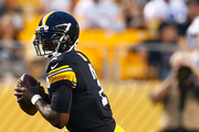 Michael Vick #2 of the Pittsburgh Steelers runs with the ball in the first quarter against the Carolina Panthers during the game at Heinz Field on September 3, 2015 in Pittsburgh, Pennsylvania.