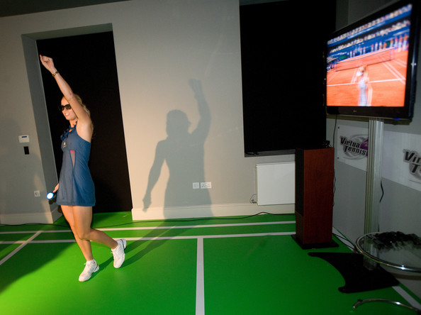 stella mccartney adidas tennis dress. Caro playing Virtua Tennis