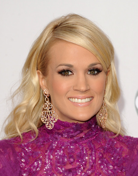 Carrie Underwood - The 40th American Music Awards - Arrivals