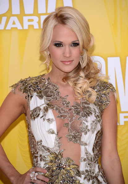 Carrie Underwood - 46th Annual CMA Awards - Arrivals