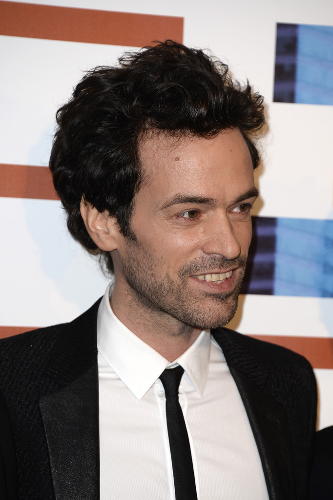 romain duris photos photos 39 casse tete chinois 39 premieres in paris zimbio. Black Bedroom Furniture Sets. Home Design Ideas