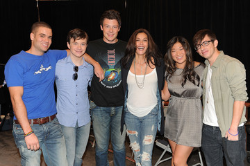 """Jenna Ushkowitz Chris Colfer The Cast Of """"Glee"""" Signs Copies Of """"Glee: The Music Vol. 1"""" In Los Angeles"""