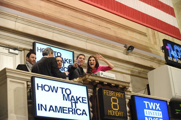 """Bryan Greenberg Lawrence Leibowitz Cast Of """"How To Make It In America"""" Rings The NYSE Opening Bell"""