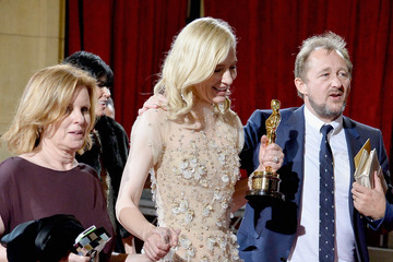 Cate Blanchett Stars Leave the Academy Awards