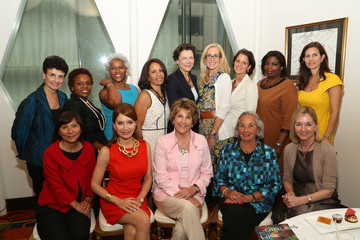 Cathy Isaacson Jean Shafiroff Hosts Annual Luncheon For The New York Women's Foundation