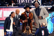 (L-R) Quavo, Kenny Smith, 2 Chainz, and Shaquille O'Neal attend the 2019 State Farm All-Star Saturday Night at Spectrum Center on February 16, 2019 in Charlotte, North Carolina.
