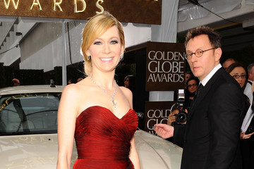 Michael Emerson Carrie Preston Celebrities Sign Charity Car At 67th Annual Golden Globe Awards