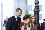 Queen Sofia, Princess Leonor of Spain , King Felipe VI of Spain, Queen Letizia of Spain and Princess Sofia of Spain attend the 2019 Princess of Asturias Awards at the Campoamor Teather on October 18, 2019 in Oviedo, Spain.
