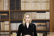 Ellie Bamber attends the Chanel photocall as part of  Paris Fashion Week - Haute Couture Fall Winter 2020 at Grand Palais on July 02, 2019 in Paris, France.