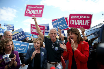 Charlie Crist Gubernatorial Candidate Charlie Crist Campaigns In Final Days Before Election Day