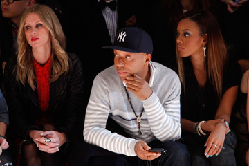 Angela Simmons Nicky Hilton Charlotte Ronson - Front Row - Fall 2012 Mercedes-Benz Fashion Week