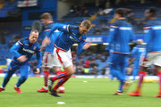 Darren Fletcher of Stoke City warms up prior to the Premier League match between Chelsea and Stoke City at Stamford Bridge on December 30, 2017 in London, England.