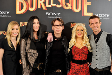 Cher Steven Antin Cher and Christina Aguilera Attend 'Burlesque' Photocall