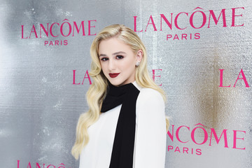 Chloe Lukasiak Lancôme x Vogue Holiday Event