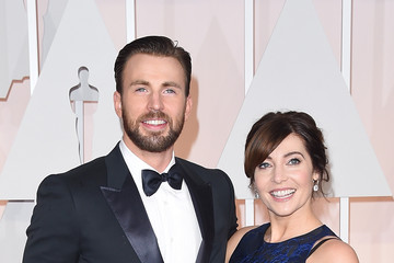Chris Evans Arrivals at the 87th Annual Academy Awards — Part 3