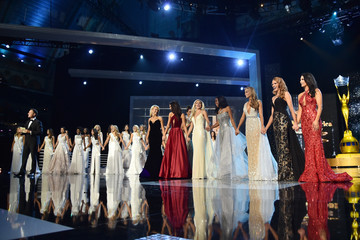 Chris Harrison 2017 Miss America Competition - Show