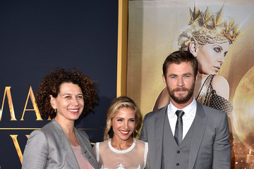 Chris Hemsworth Premiere of Universal Pictures' 'The Huntsman: Winter's War' - Red Carpet