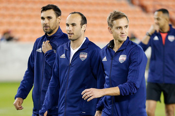 Chris Wondolowski Kick in for Houston Charity Soccer Match