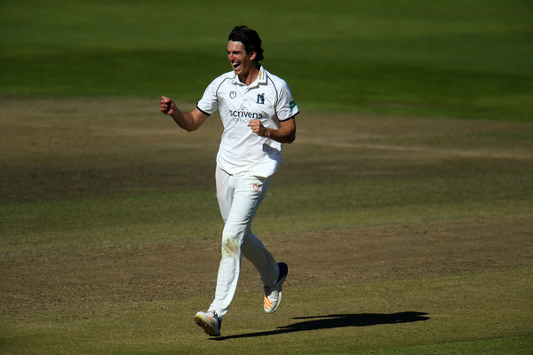 Warwickshire vs. Kent - Specsavers County Championship: Division Two
