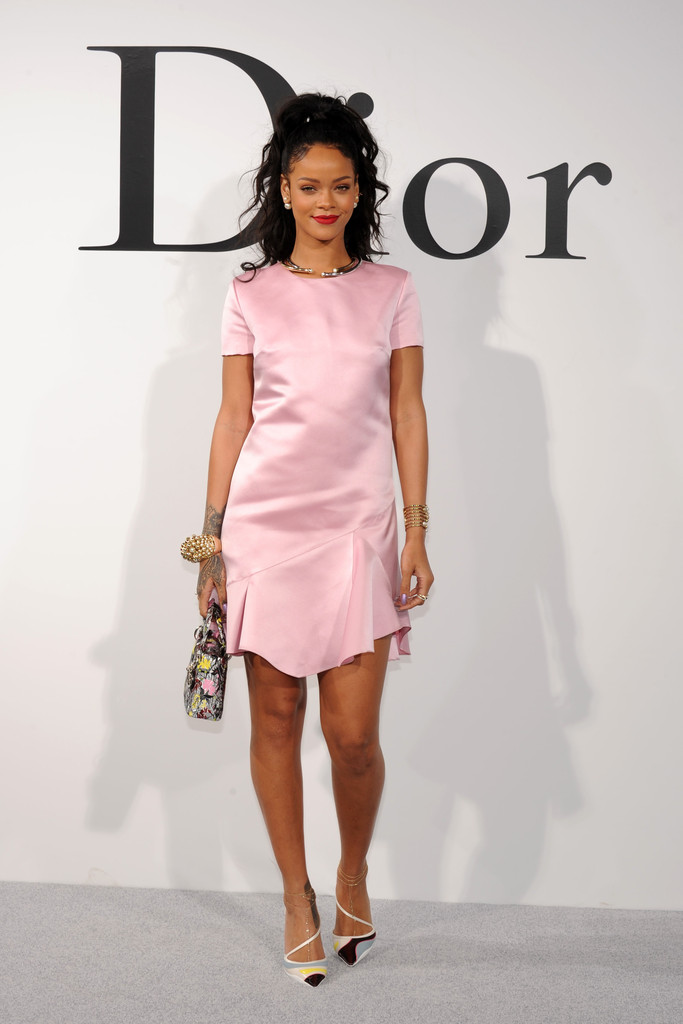 Rihanna Rihanna Photos Christian Dior Cruise 2015 Show In New York City Zimbio