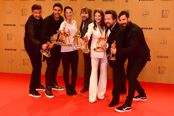 Bambi Awards 2015 - Winners Board [board,bambi awards,awards,l-r,event,award,carpet,flooring,competition,award ceremony,red carpet,team,hartmunt engler,andreas bourani,yvonne catterfeld,sebastian krumbiegel,tobias kuenzel,christina stuermer]