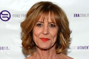 christine lahti biography