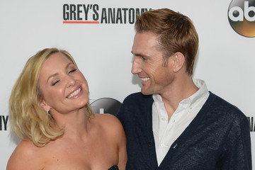 the gallery for christopher gavigan and jessica capshaw. Black Bedroom Furniture Sets. Home Design Ideas