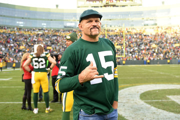 Chuck Liddell Tampa Bay Buccaneers v Green Bay Packers
