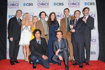 Chuck Lorre Mayim Bialik 39th Annual People's Choice Awards - Press Room