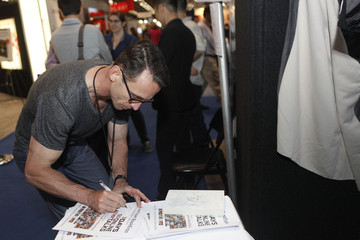 Chuck Palahniuk Shindig Hosts Live Video Chats at the NYC BookExpo