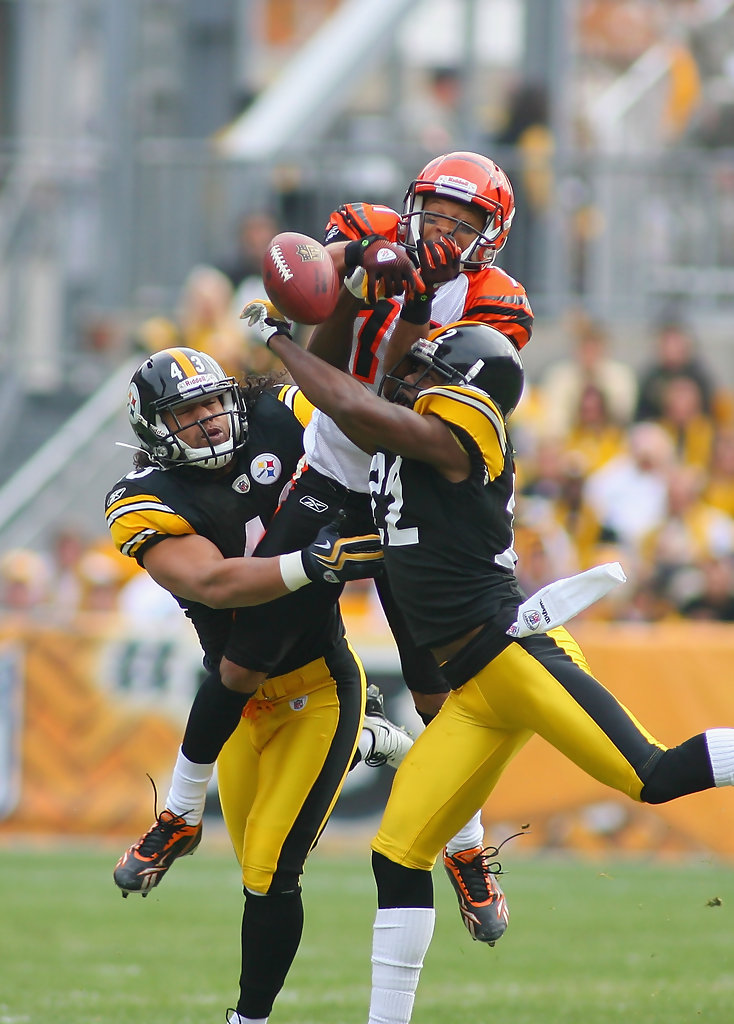 ... Troy Polamalu and William Gay Photos Photos - Cincinnati Bengals v  Pittsburgh Steelers - Zimbio ...