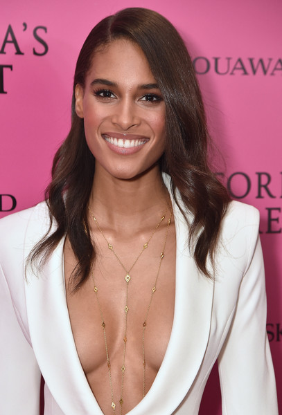 2017 Victoria's Secret Fashion Show In Shanghai - After Party [hair,face,eyebrow,hairstyle,beauty,skin,pink,lip,eyelash,brown hair,cindy bruna,shanghai,china,mercedes-benz arena,party,victorias secret fashion show]