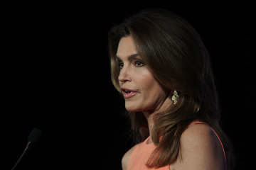 Cindy Crawford Former First Lady Michelle Obama Speaks at the Partnership for a Healthier America Summit