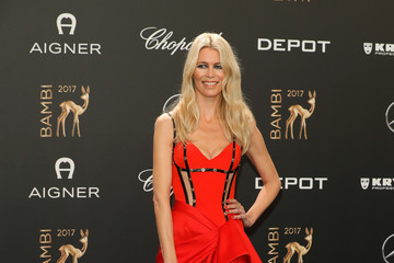 Claudia Schiffer Red Carpet Arrivals - Bambi Awards 2017