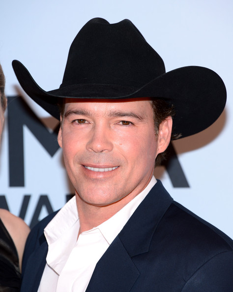 Clay Walker Net Worth