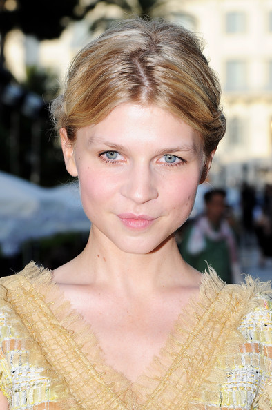 ... Picture For chanel cruise 2011 12 show 9 may 2011 clemence poesy photo