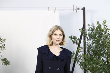 Clemence Poesy Chanel - Photocall - Paris Fashion Week - Haute Couture Spring Summer 2020