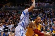 Cleveland Cavaliers forward Shawn Marion #31 drives against Orlando Magic forward Channing Frye #8 during the game at Amway Center on December 26, 2014 in Orlando, Florida.