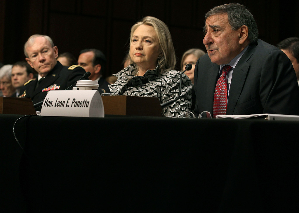 hillary clinton foreign affairs essay In 2011 clinton put kagan on the foreign affairs policy board, a standing group of outside advisors to the secretary democratic presidential candidates sen bernie sanders of vermont and clinton take part in a presidential debate on oct 13, 2015.