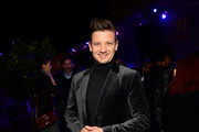 """Actor Jeremy Renner attends a cocktail party for """"Wind River"""" at Circa 55 Restaurant on December 2, 2017 in Los Angeles, California."""