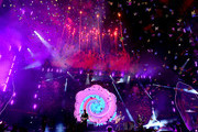 (L-R) Musicians Jonny Buckland, Will Champion, Chris Martin and Guy Berryman of Coldplay perform at the Rose Bowl on October 6, 2017 in Pasadena, California.